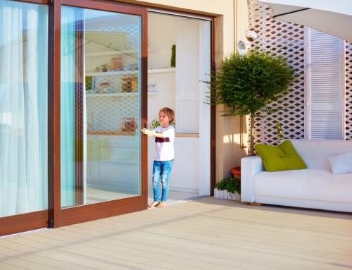 Jak działają drzwi przesuwne z technologią smart-slide?